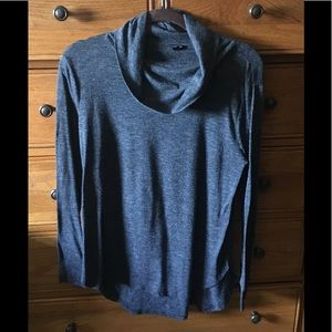 Ann Taylor Gray cowl neck LS shirt size LP